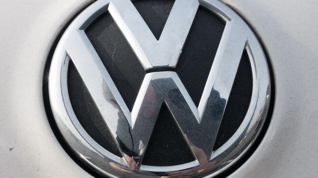 volkswagen-devient-le-numero-un-mondial-des-ventes-d-automobiles-au-premier-semestre-2015-devant-toyota_5389055